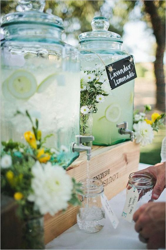 summer-outdoor-wedding-drink-ideas